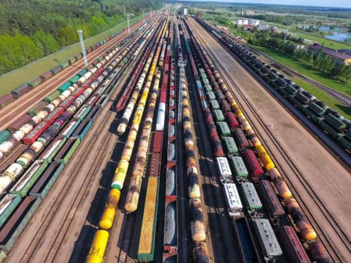 Pirmą šių metų ketvirtį krovinių vežta 7 proc. daugiau nei pernai