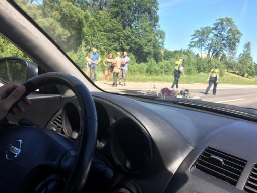 Mažeikių rajone motociklininko avarija