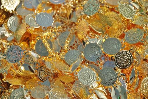 Kaune pavogti juvelyriniai dirbiniai ir kolekcinės monetos