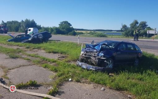 Avarijoje tarp Marijampolės ir Vilkaviškio nukentėjo septyni žmonės