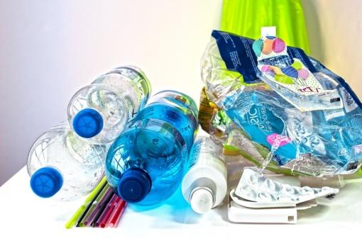 Neringa skatins mažiau naudoti vienkartinių plastikinių gaminių