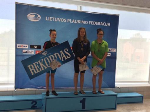 """Delfino"" plaukikai pagerino Lietuvos rekordus"