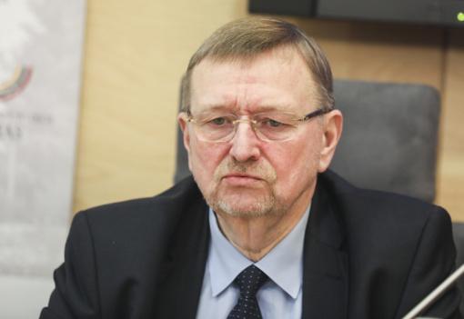 J. Bernatonis: frakcijos nuostata nepasirašyti dėl V. Pranckiečio atstatydinimo