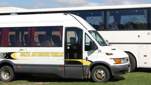 """UAB """"Biržų autobusų parkas"""": sudaryta nauja valdyba, keleiviai skundžiasi dėl autobusų"""