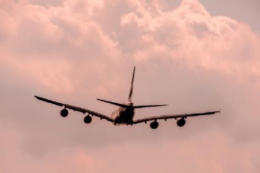 Pasirodo, lėktuvai kenkia klimatui labiau, nei manyta