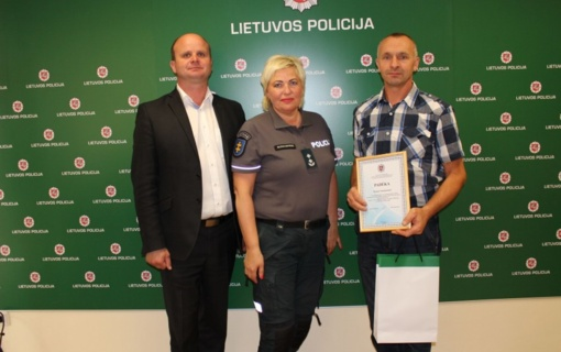 Mindaugo karūnavimo dienos proga pasveikinti policijos rėmėjai