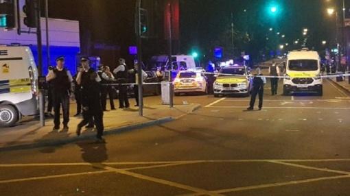 Kruvinasis pirmadienis – užpuolikas siautėjo Londone