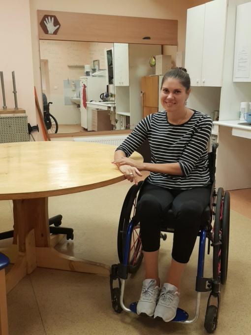Po siaubingos avarijos neįgalia tapusios medikės praeiti kančių keliai suteikė jai neįkainojamą patyrimą gydant traumą patyrusius ligonius