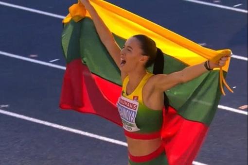 Trišuolininkė D. Zagainova Švedijoje tapo Europos jaunimo čempione