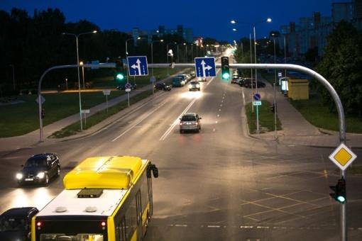 Pokyčiai Lyros, Gegužių ir Gytarių gatvių sankryžoje