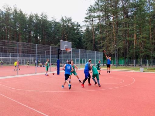 Vyko Vilniaus rajono seniūnijų sporto žaidynės: kviečia susipažinti su ryškiausiomis akimirkomis!