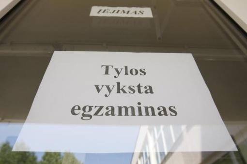 Už anglų kalbos valstybinį brandos egzaminą 6 rajono abiturientai gavo 100 balų įvertinimus