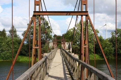 Šventinis tiltas vėl atves į Lankupius