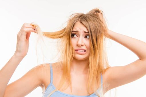 Gražių plaukų paslaptis vasarą: mažiau karščio, daugiau drėgmės