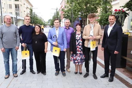 Šiaulių meras susitiko su geriausiais miesto abiturientais