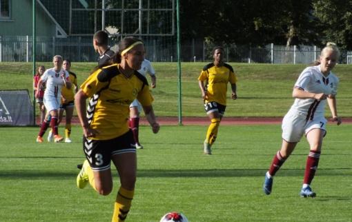 """""""Gintra-Universitetas"""" sutriuškino latves ir priartėjo prie """"Amber Cup 2019"""" trofėjaus"""