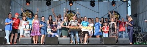Pirmasis Širvintų maratonas: bėgimo žvaigždės ir kone 600 dalyvių