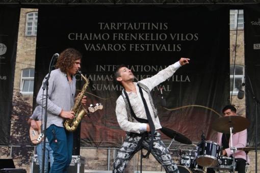 Atlikėjai iš Pietų Ispanijos pradėjo Chaimo Frenkelio vilos vasaros festivalio rugpjūčio programą (fotogalerija)