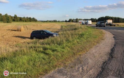 Susidūrus automobiliams nukentėjo du žmonės