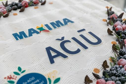 """""""Maxima"""" dėkos Visaginui: iškepta bus beveik pusė tonos šventinių tortų"""