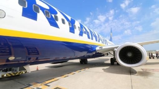 """Keliautojų dėmesiui: skrydžius apsunkins """"Ryanair"""" pilotų streikai"""