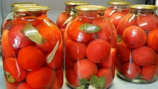 Lengvas ir patikimas pomidorų konservavimo būdas