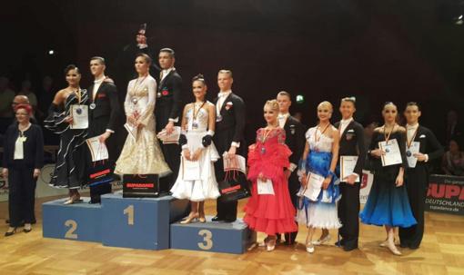 Jaunieji Lietuvos šokėjai Štutgarte iškovojo bronzos medalius (Vaizdo reportažai)