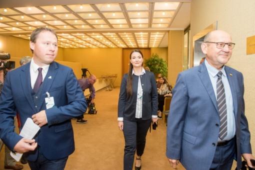 Druskininkiečių parašai įteikti Seimo pirmininkui, Vyriausybei ir Prezidentūrai