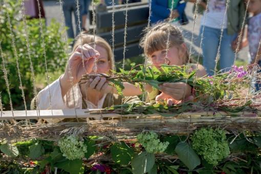 Žolinės vakarone sukvietė šiauliečius į Žaliūkių malūnininko sodybą (fotogalerija)