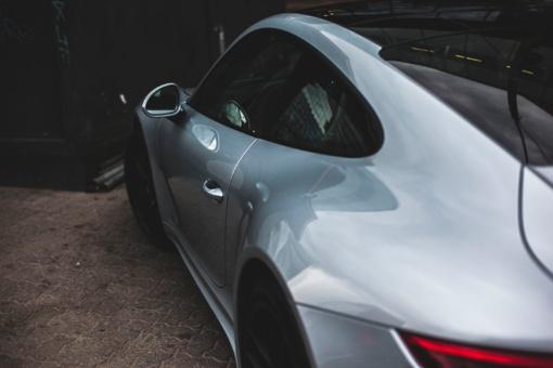 """Palangoje apvogti du """"Porsche"""" automobiliai: padaryti tūkstantiniai nuostoliai"""