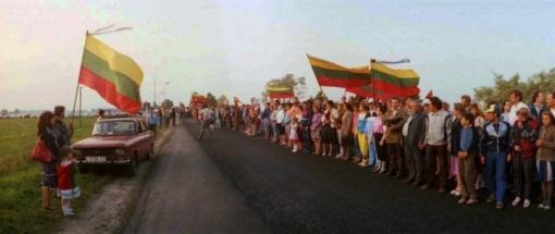 Rugpjūčio 23 d. visoje šalyje vyks Baltijos kelio dienos 30-mečio minėjimas
