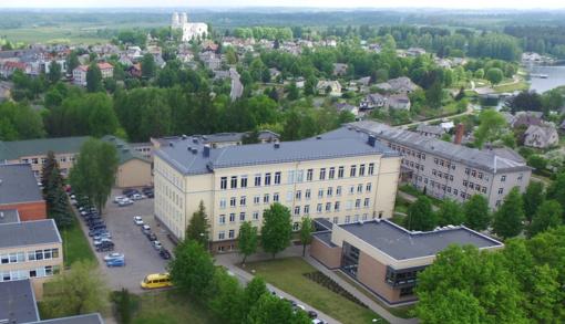 Rangovui nurodyta imtis visų priemonių, kad Molėtų gimnazijoje naujieji mokslo metai prasidėtų sklandžiai