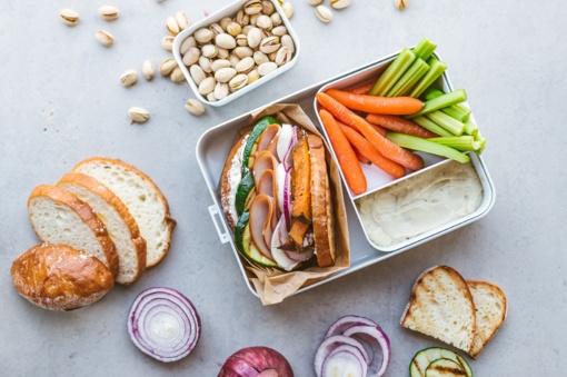 Ruošiamės rugsėjui: 3 sumuštinių receptai subalansuotai pietų dėžutei