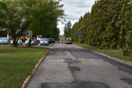 Tėvelių ir mažųjų ligoniukų patogumui – sutvarkytas kelias į Marijampolės ligoninės reabilitacijos skyrių