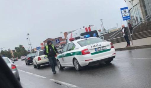 Tulpių gatvėje susidūrė automobiliai