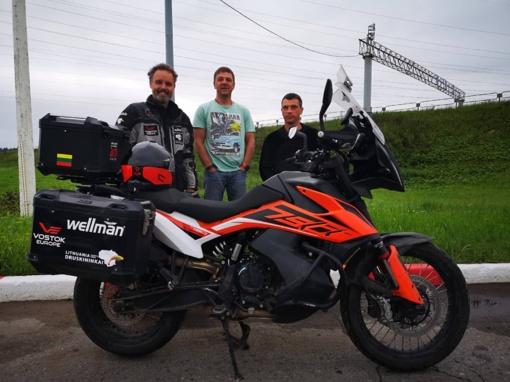 Aplink pasaulį keliaujantis Karolis Mieliauskas dėl lietuvių nusuko nuo tiesiausio kelio