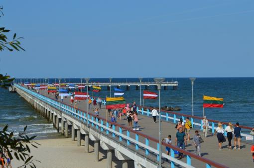 Baltijos kelio trisdešimtmetis kurorte – vienybės jausmas, kardeliai ir kultūrinė programa