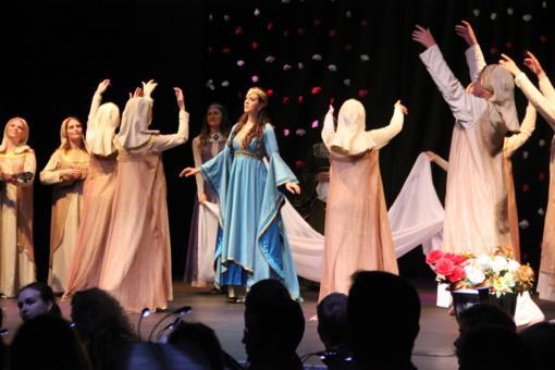 """Koncertų salės atidarymo metu skambėjo P. Čaikovskio opera ,,Jolanta"""""""