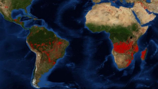 Palydovinės nuotraukos parodė kur liepsnoja dar daugiau gaisrų nei Amazonėje