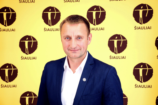 Šiaulių meras Artūras Visockas sveikina visą Šiaulių miesto švietimo bendruomenę su naujais mokslo metais!