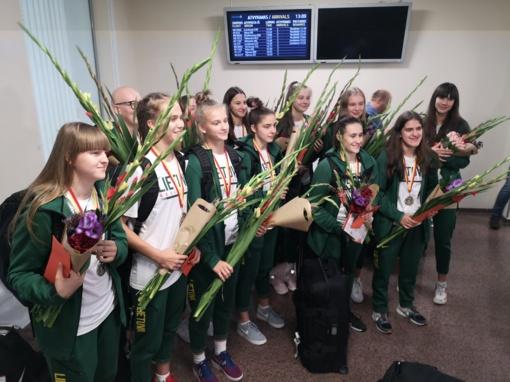Lietuvos 16-metės krepšininkės: padarėme kažką įspūdingo