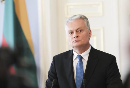 """Pranešimas spaudai: Prezidentas dalyvavo parodos """"Radvilos. Kunigaikščių istorija ir paveldas"""" atidaryme"""