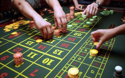 Seime – nauji ribojimai lošimų sektoriui: siūlomos licencijos