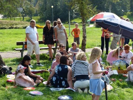 Vaikai linksminosi miesto parke (fotogalerija)