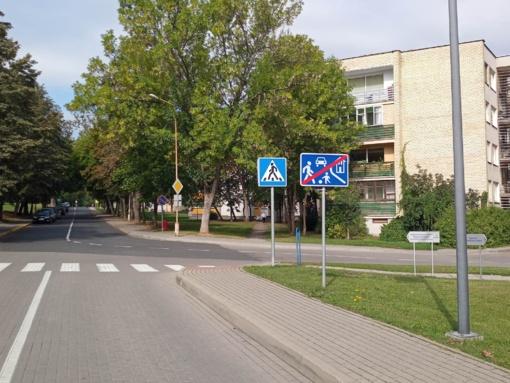 """Dėmesio: prisiminkime Kelių eismo taisykles ir kelio ženklų reikšmę – """"Gyvenamoji zona"""""""