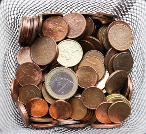 Šiauliuose rasta padirbta vieno euro moneta