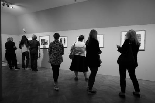 """Manheime atidaryta fotomenininko A. Sutkaus retrospektyvinė paroda """"Kosmos"""""""