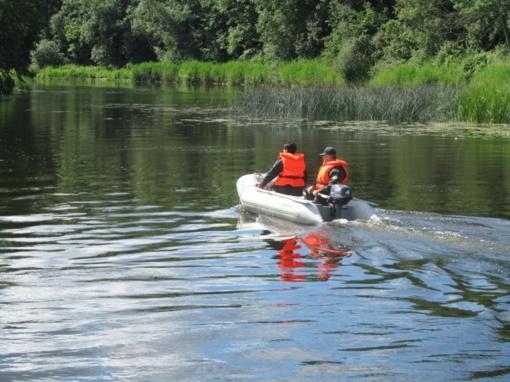 Šventosios upėje vos nenuskendo 4 žmonės