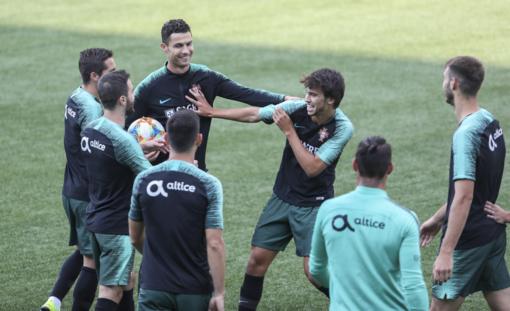 Portugalijos rinktinė su C. Ronaldo surengė treniruotę LFF stadione