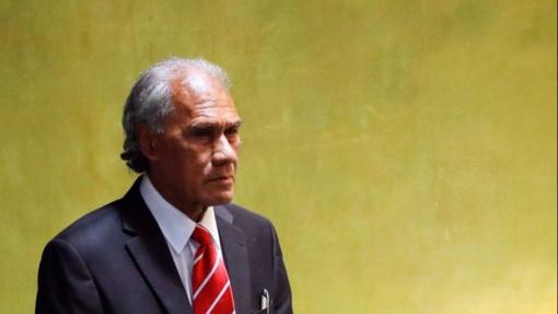 Mirė Tongos demokratijos pionieriumi vadinamas premjeras A. Pohiva